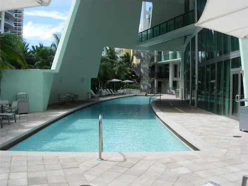 6000 Collins Ave #306 A1872377